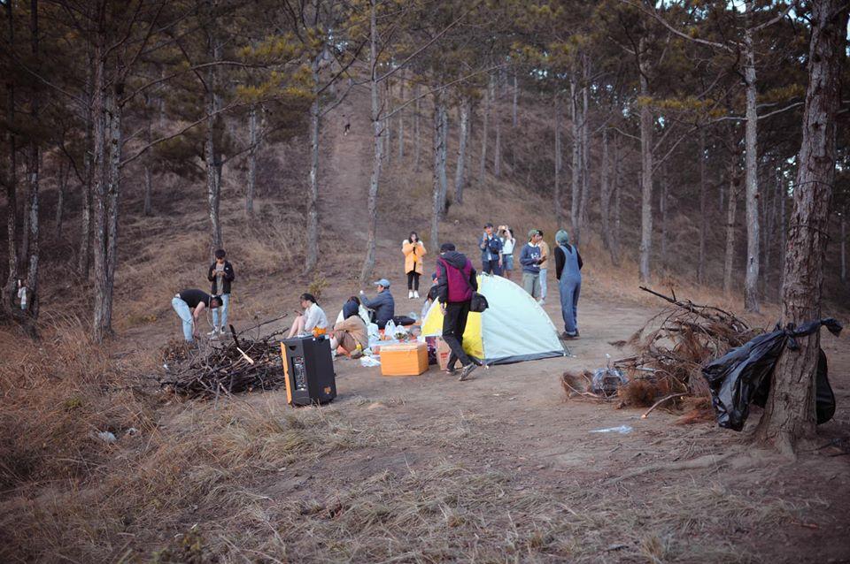 Cắm trại Hòn Bồ